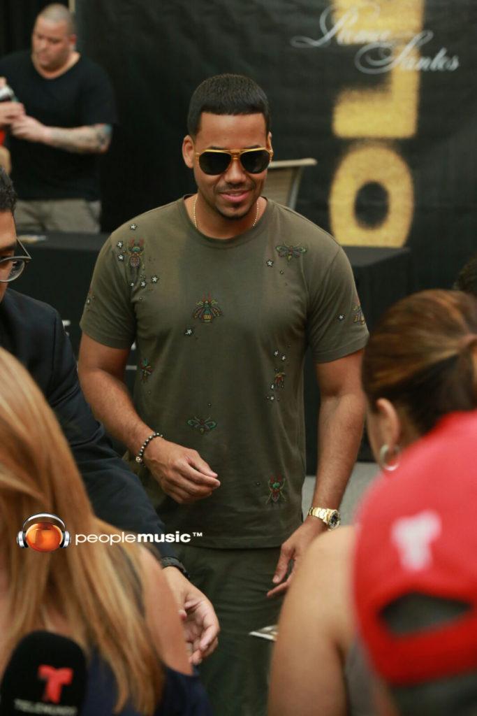 Romeo Santos confiesa, en Puerto Rico, secretos sobre su disco