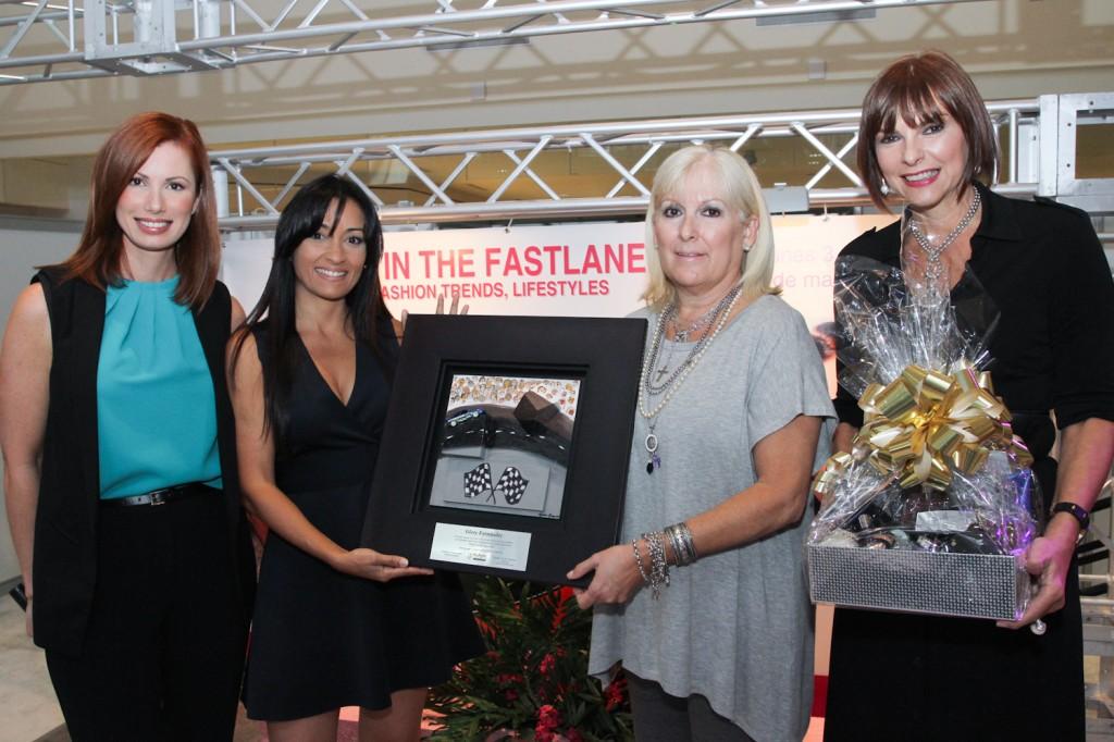 """GloryRacing, agradecida por el reconocimiento especial """"Woman in the Fastlane"""""""