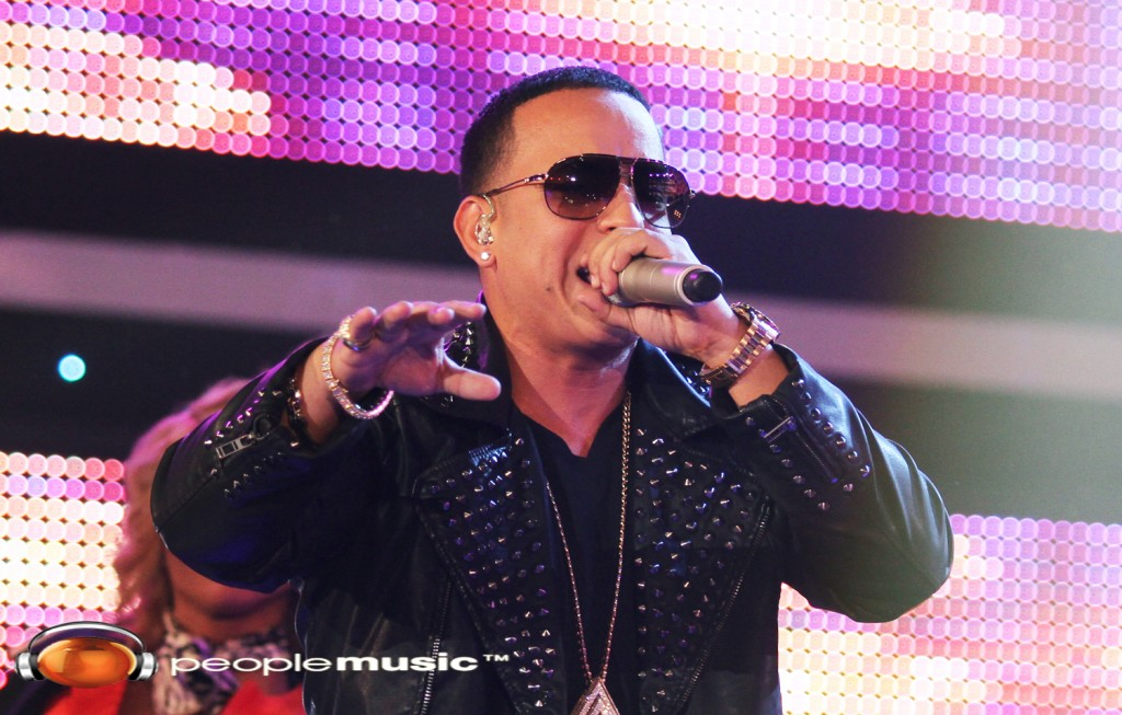 DADDY YANKEE SWITCHEA