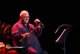 Pablo Milanés Apunta con su canto al corazón