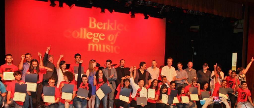 205 estudiantes de música participan y se gradúan en la duodécimaedición de 'Berklee en Puerto Rico'