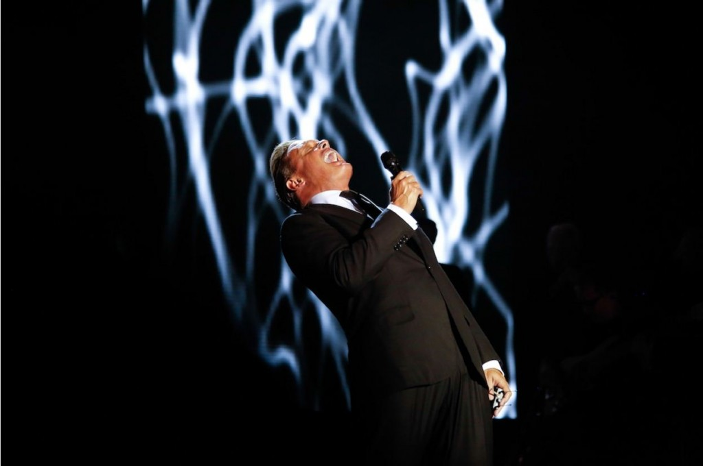 "Luis Miguel concluye ""THE HITS TOUR 2013"" con éxito rotundo!"