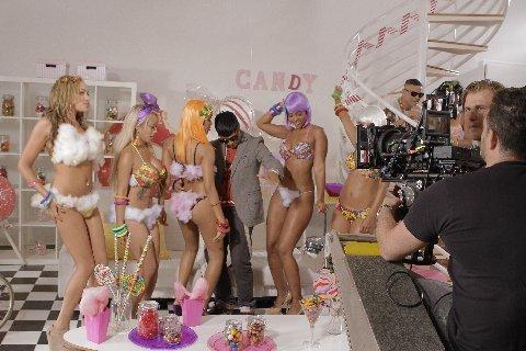 """Plan B – Filma en NY video de su nuevo sencillo """" Candy"""""""
