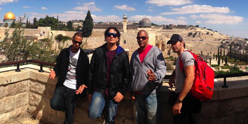 Proyecto Uno cautiva a Tierra Santa; Jerusalén y West Bank