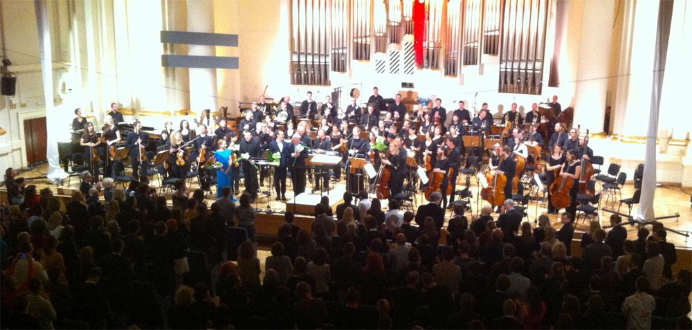 Alberto Iglesias cautiva al público en la inauguración del 6º Festival de Música de Cine de Cracovia