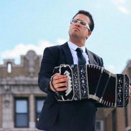 La pasión por el bandoneón y el encanto del Nuevo Tango