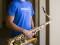 Michael Javier cumple su deseo de tener un Saxofón