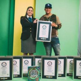 GUINNESS WORLD RECORDS™ RECONOCE A DADDY YANKEE