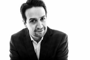 """Lin-Manuel Miranda estrena versión salsa de su tema """"Almost like Praying"""""""
