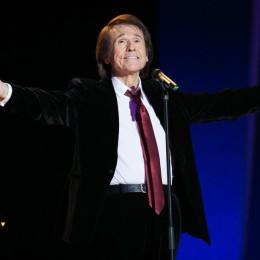 Raphael recibe el Premio Ondas 2015 por toda su trayectoria musical