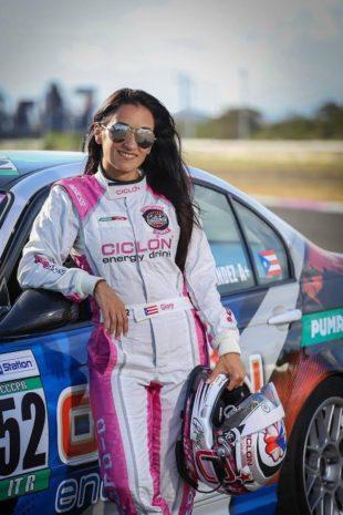Glory Fernández será la primera hispana en competir en World Challenge