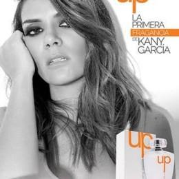 Kany García llena de buena actitud tras lanzamiento de su perfume
