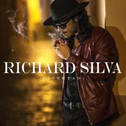 """RICHARD SILVA  con """"libertad"""" fuera y dentro del escenario"""